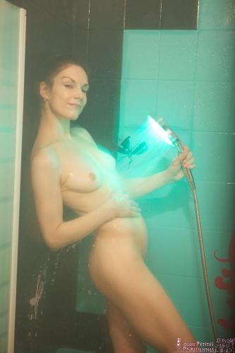 01 - Emmanuella - Chromo shower (82) 4000px