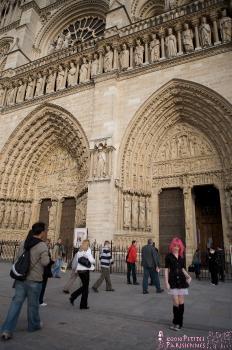 06 - Zoe - Notre Dame (106) 4000px