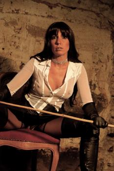 Dungeon Mistress RedOptics.com