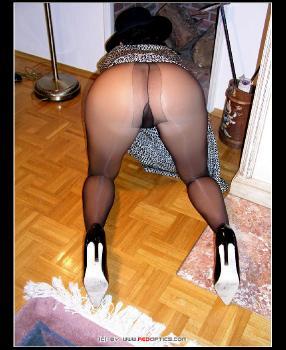 Horny Classy Housewife RedOptics.com