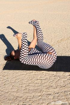 08-13 Checkered Yoga AriaGiovanni.com