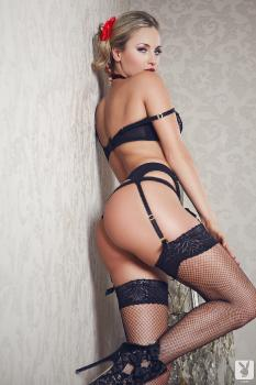 10-13 Natasha Anastasia Love For Lace