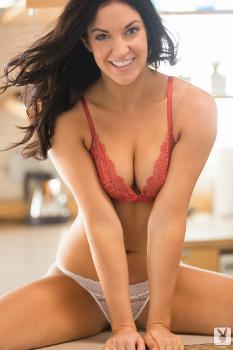 04-11 - Alessandra Iltis Bright Mornings
