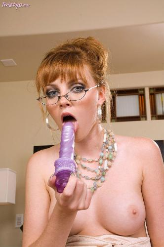 MarieMcCray qMy Little Violet Vibrator