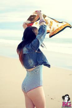 Dyanne - Cold Beach
