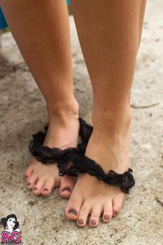 Feet_n3