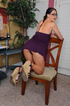 218320 - Tiffany Thompson upskirts and panties