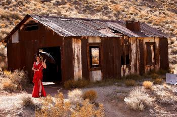 1698 glam Desert Barn Part I
