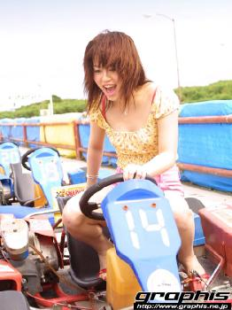 14 - Hitomi Hayasaka