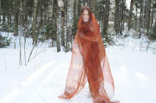 2010-02-21 - Liza B - Snow Show (x122) 4256x2832
